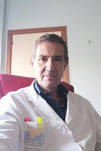 https://www.ragusanews.com//immagini_articoli/18-02-2021/andrea-li-destri-primario-di-chirurgia-a-vittoria-500.jpg