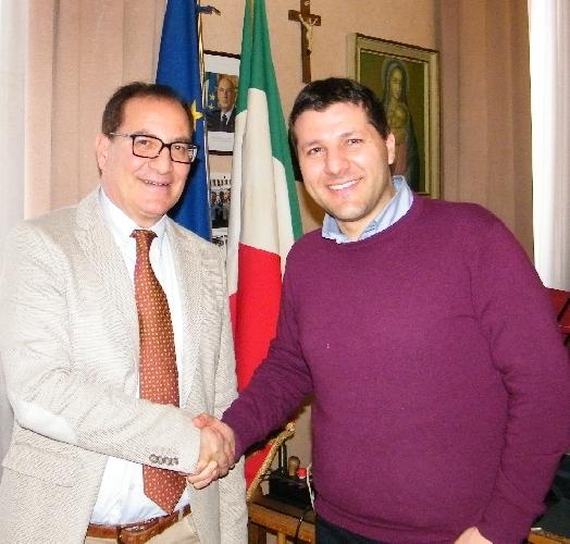 http://www.ragusanews.com//immagini_articoli/18-03-2014/a-ragusa-un-nuovo-segretario-generale-500.jpg