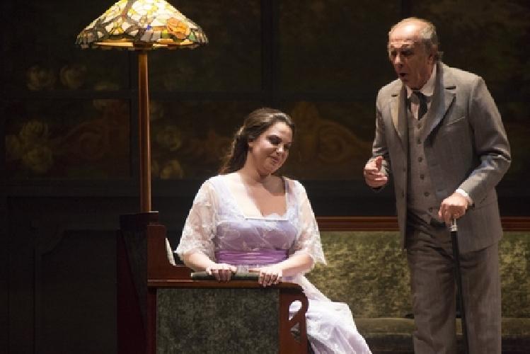 http://www.ragusanews.com//immagini_articoli/18-03-2017/musica-traviata-palermo-belle-epoque-massimo-500.jpg