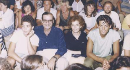 https://www.ragusanews.com//immagini_articoli/18-03-2019/famiglia-fiorello-album-foto-240.png