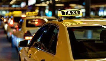 https://www.ragusanews.com//immagini_articoli/18-03-2019/modica-bando-licenze-taxi-240.jpg