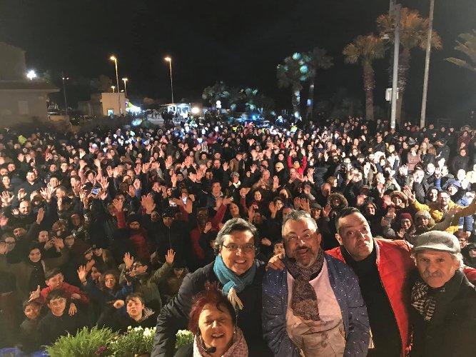 https://www.ragusanews.com//immagini_articoli/18-03-2019/piace-jalafuoco-pozzallo-500.jpg