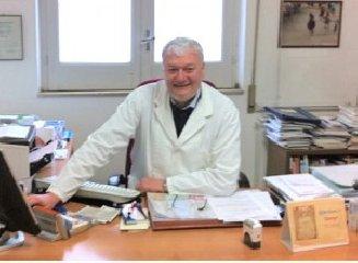 https://www.ragusanews.com//immagini_articoli/18-03-2020/coronavirus-sindacato-chiede-tamponi-per-medici-siciliani-240.jpg