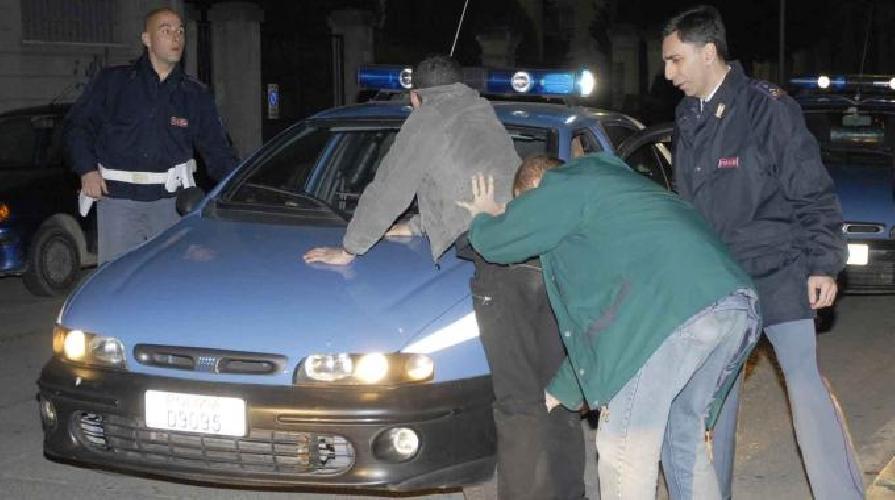 http://www.ragusanews.com//immagini_articoli/18-04-2014/il-poliziotto-arrestato-chiede-il-rito-abbreviato-500.jpg