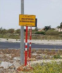 https://www.ragusanews.com//immagini_articoli/18-04-2018/sequestrata-rotatoria-morte-marina-ragusa-donnalucata-240.jpg