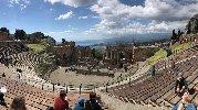 https://www.ragusanews.com//immagini_articoli/18-04-2019/pasqua-e-pasquetta-che-spettacolo-i-siti-parco-di-naxos-taormina-100.jpg