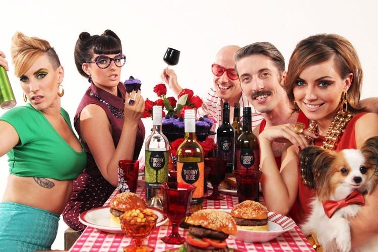 https://www.ragusanews.com//immagini_articoli/18-05-2015/chi-controlla-gli-home-restaurant-in-sicilia-500.jpg