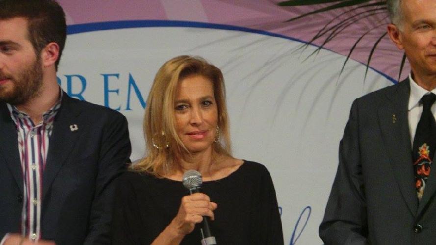 http://www.ragusanews.com//immagini_articoli/18-05-2015/i-vincitori-del-premio-cristina-guastella-500.jpg