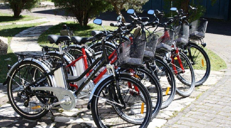 https://www.ragusanews.com//immagini_articoli/18-05-2018/noleggio-bici-marina-pubblicato-avviso-500.jpg