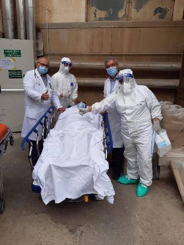 https://www.ragusanews.com//immagini_articoli/18-05-2020/dimesso-da-malattie-infettive-il-gemello-di-varese-500.jpg
