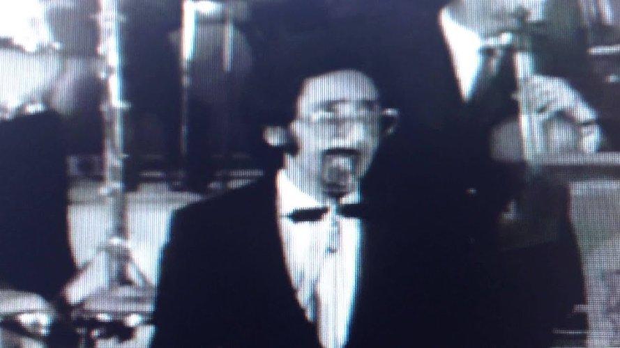 https://www.ragusanews.com//immagini_articoli/18-05-2021/battiato-a-24-anni-e-il-1969-video-500.jpg
