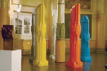 https://www.ragusanews.com//immagini_articoli/18-06-2019/1560871850-le-opere-ceramista-nino-caruso-al-comune-di-comiso-foto-1-240.jpg