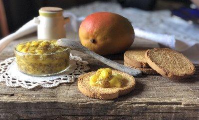 https://www.ragusanews.com//immagini_articoli/18-06-2019/marmellata-a-freddo-di-mango-di-sicilia-240.jpg