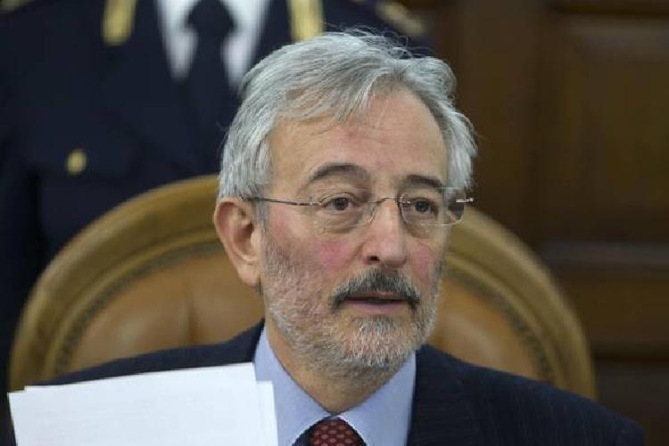 http://www.ragusanews.com//immagini_articoli/18-07-2014/la-dda-di-catania-interrogato-il-sindaco-di-scicli-susino-500.jpg