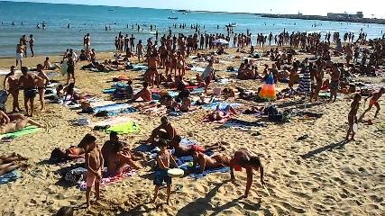 http://www.ragusanews.com//immagini_articoli/18-07-2017/diritto-spiagge-libere-marina-ragusa-240.jpg