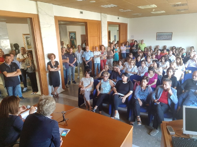 http://www.ragusanews.com//immagini_articoli/18-09-2017/dipendenti-provincia-ragusa-presidio-oltranza-500.jpg