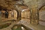 https://www.ragusanews.com//immagini_articoli/18-09-2020/il-fascino-del-bagno-ebraico-di-ortigia-100.jpg