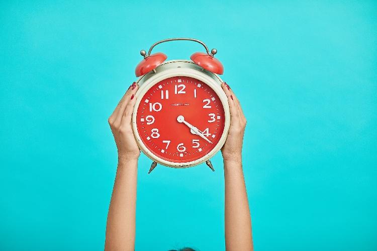 https://www.ragusanews.com//immagini_articoli/18-09-2021/dieta-i-benefici-del-digiuno-notturno-500.jpg