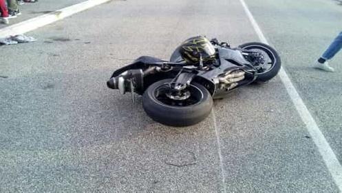 https://www.ragusanews.com//immagini_articoli/18-09-2021/incidente-a-giarratana-grave-motociclista-di-19-anni-280.jpg