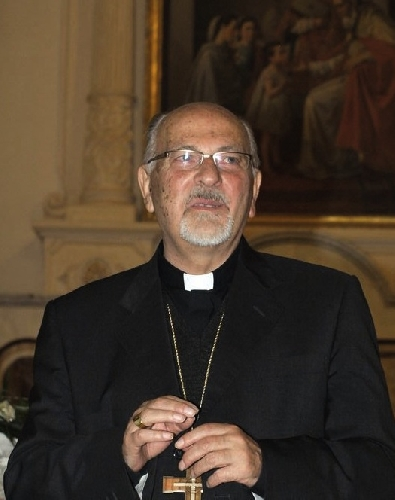 http://www.ragusanews.com//immagini_articoli/18-10-2014/raffica-di-nomine-del-vescovo-urso-500.jpg