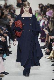 https://www.ragusanews.com//immagini_articoli/18-10-2020/1603005599-cappotti-autunno-inverno-2020-2021-i-modelli-di-tendenza-1-280.jpg