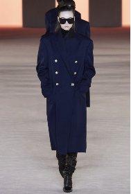 https://www.ragusanews.com//immagini_articoli/18-10-2020/1603006914-cappotti-autunno-inverno-2020-2021-i-modelli-di-tendenza-9-280.jpg
