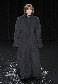 https://www.ragusanews.com//immagini_articoli/18-10-2020/1603006972-cappotti-autunno-inverno-2020-2021-i-modelli-di-tendenza-10-280.jpg