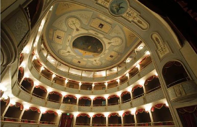 http://www.ragusanews.com//immagini_articoli/18-11-2014/frasca-polara-vicepresidente-fondazione-teatro-500.png