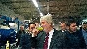 https://www.ragusanews.com//immagini_articoli/18-11-2016/e-il-ministro-poletti-degusto-l-olio-di-chiaramonte-video-100.jpg
