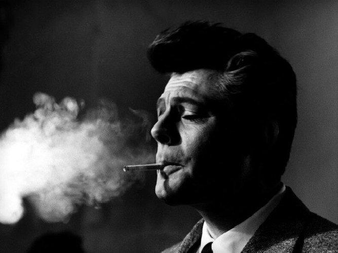 https://www.ragusanews.com//immagini_articoli/18-11-2018/spara-barista-dopo-rimprovero-sigaretta-500.jpg