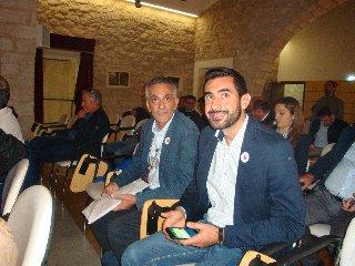 https://www.ragusanews.com//immagini_articoli/18-11-2019/1574071029-se-il-pomodoro-va-a-simposio-1-240.jpg