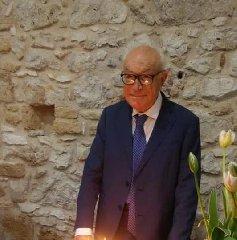 https://www.ragusanews.com//immagini_articoli/18-11-2019/e-morto-franco-tafuri-240.jpg