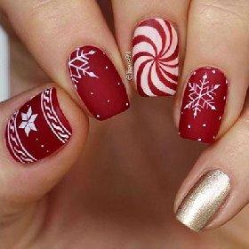 https://www.ragusanews.com//immagini_articoli/18-11-2020/1605732355-unghie-natalizie-2020-i-colori-e-le-decorazioni-per-avere-mani-perfette-2-280.jpg