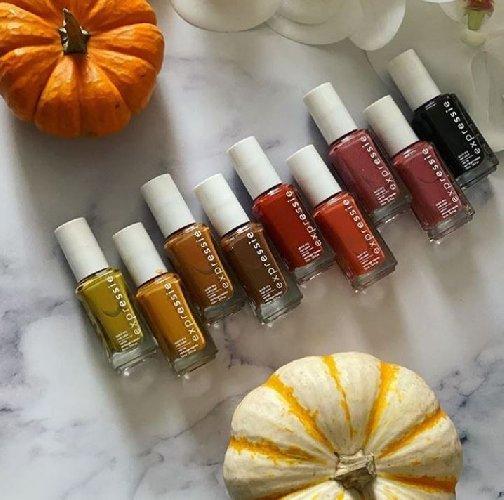 https://www.ragusanews.com//immagini_articoli/18-11-2020/unghie-e-colori-le-tendenze-dell-autunno-2020-500.jpg