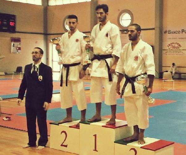 https://www.ragusanews.com//immagini_articoli/18-12-2013/karate-i-risultati-della-b-dharma-ispica-500.jpg