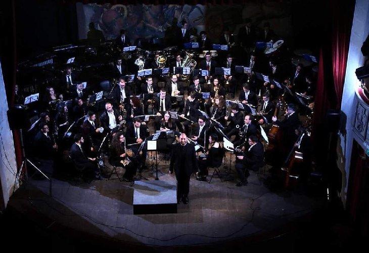 https://www.ragusanews.com//immagini_articoli/18-12-2017/modica-english-tales-concerto-natale-teatro-garibaldi-500.jpg