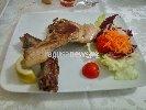 http://www.ragusanews.com//immagini_articoli/18-12-2017/palazzolo-costata-cinghiale-leccarsi-baffi-100.jpg