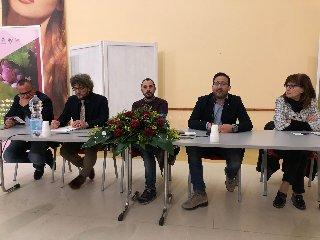 https://www.ragusanews.com//immagini_articoli/18-12-2018/eccellenze-agroalimentari-discusso-pedalino-240.jpg