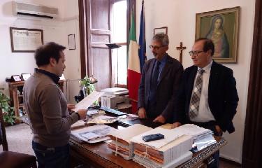 https://www.ragusanews.com//immagini_articoli/18-12-2018/ragusa-ciccio-barone-candidato-sindaco-2023-240.png