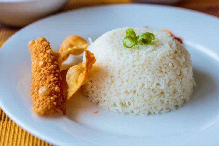 https://www.ragusanews.com//immagini_articoli/18-12-2019/la-dieta-riso-cose-e-funziona-500.jpg