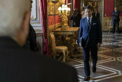 https://www.ragusanews.com//immagini_articoli/19-01-2021/governo-senza-renzi-conte-sbanca-la-camera-oggi-il-voto-finale-in-senato-280.jpg
