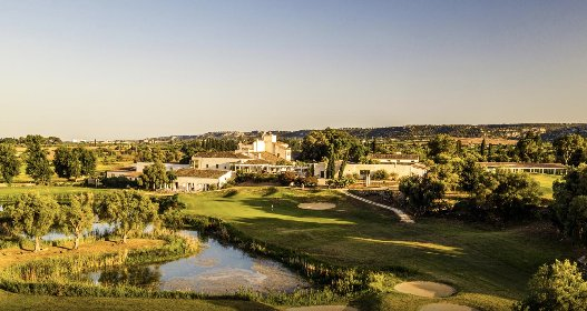 https://www.ragusanews.com//immagini_articoli/19-01-2021/il-monasteri-golf-spa-resort-passa-nella-gestione-di-mira-280.jpg