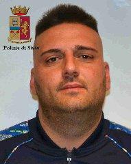 https://www.ragusanews.com//immagini_articoli/19-02-2018/spaccio-cocaina-arrestato-andrea-martino-240.jpg