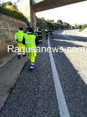 https://www.ragusanews.com//immagini_articoli/19-02-2019/quanto-pericolosa-strada-maganuco-240.jpg