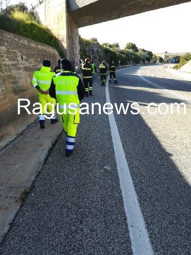 https://www.ragusanews.com//immagini_articoli/19-02-2019/quanto-pericolosa-strada-maganuco-500.jpg