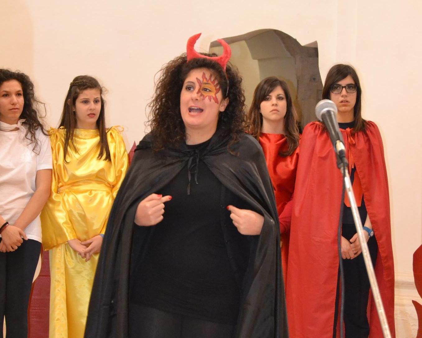 https://www.ragusanews.com//immagini_articoli/19-03-2015/1426783052-1-teatro-il-cataudella-premiato-a-cesena.jpg