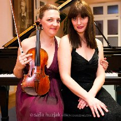 https://www.ragusanews.com//immagini_articoli/19-03-2018/ragusa-sihana-badivuku-maja-kastratovic-concerto-bosco-240.jpg