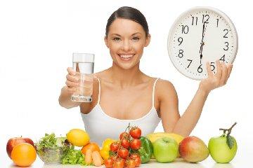 https://www.ragusanews.com//immagini_articoli/19-03-2019/dieta-depurativa-acqua-240.jpg