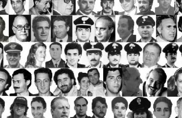 https://www.ragusanews.com//immagini_articoli/19-03-2019/ragusa-corteo-vittime-innocenti-mafie-240.jpg