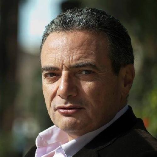 http://www.ragusanews.com//immagini_articoli/19-04-2016/nove-candidati-a-vittoria-giovanni-lombardo-si-ritira-500.jpg